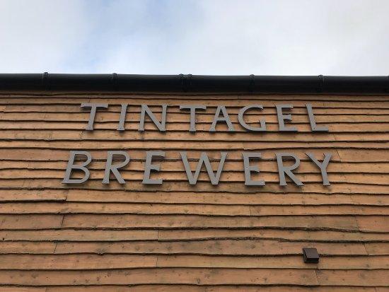 tintagel-brewery-visitor